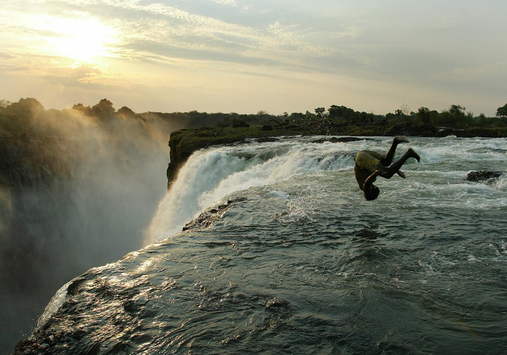 Zimbabwe to rename victoria falls in anti colonial bid - Knaresborough swimming pool timetable ...
