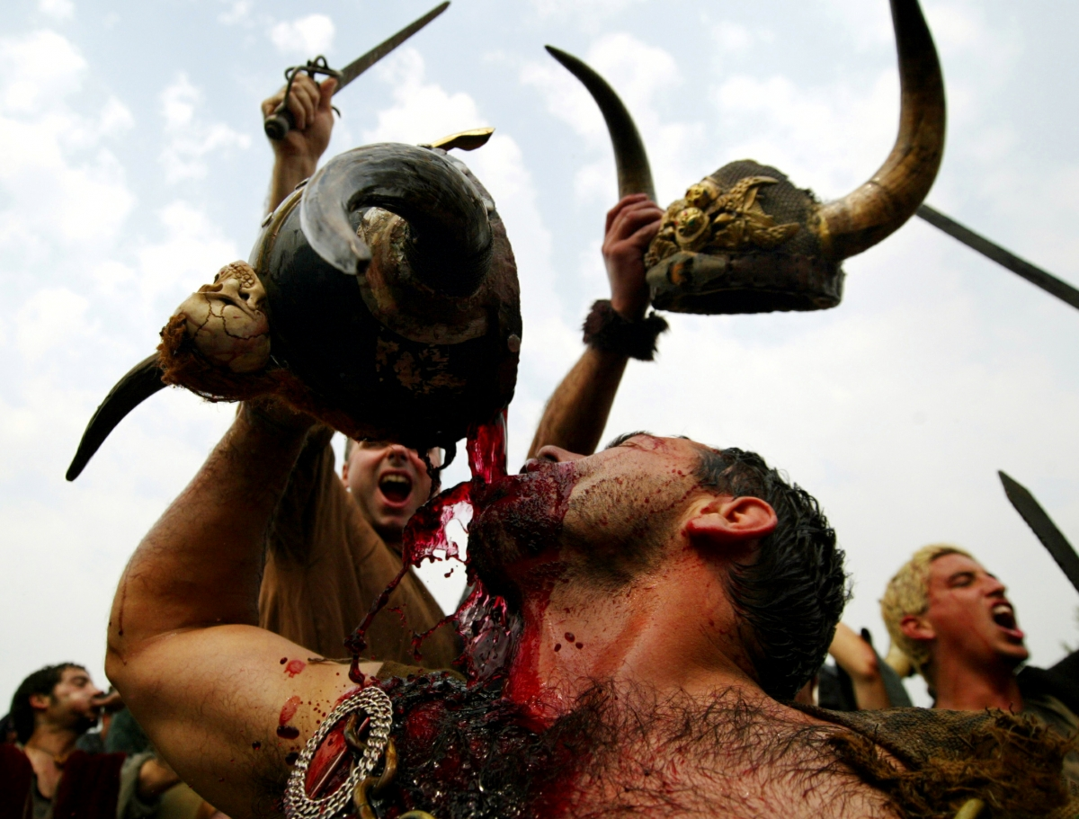 Vikings and Nordic people drank and extreme hybrid alcoholic drink ...