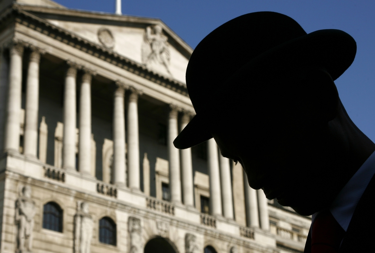 UK Economic Recovery Roars on But Geopolitical Risks Loom Overhead