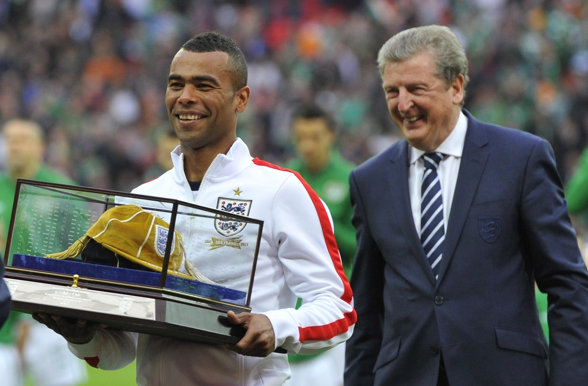 http://d.ibtimes.co.uk/en/full/1365729/ashley-cole.jpg?w=660&h=433&l=50&t=40