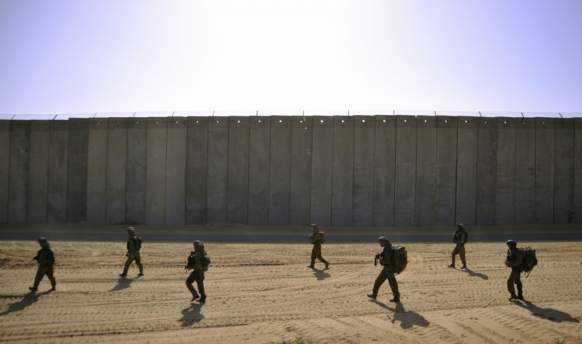 Wall Construction In Us : Israel s elbit systems wins £ m contract on us mexico