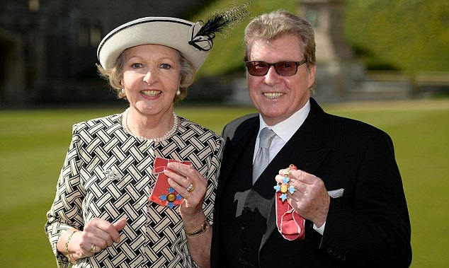 Penelope Keith Michael Crawford