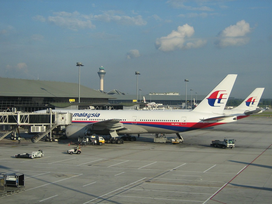 Could the computer system on Malaysia Airlines MH370 have been tampered with?
