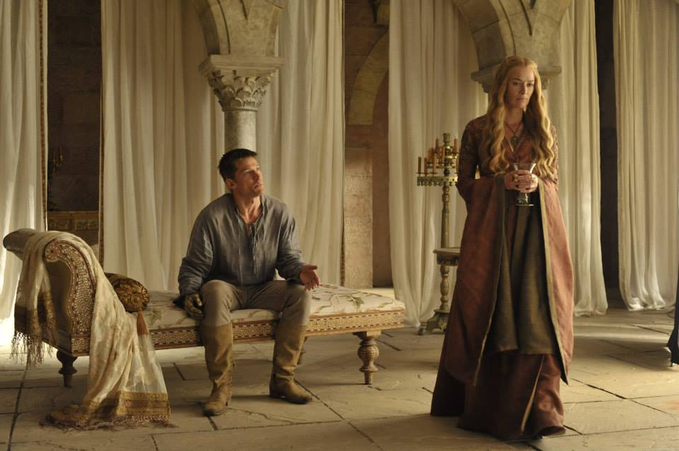 http://d.ibtimes.co.uk/en/full/1367448/game-thrones-season-4.jpg?w=660&h=439&l=50&t=40
