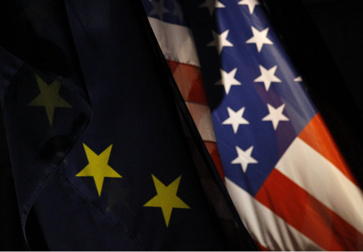 EU US flags