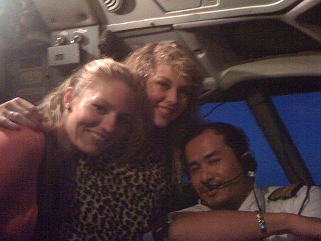 Jonti Roos and Jaan Maree in cockpit of Malaysia Airlines flight from