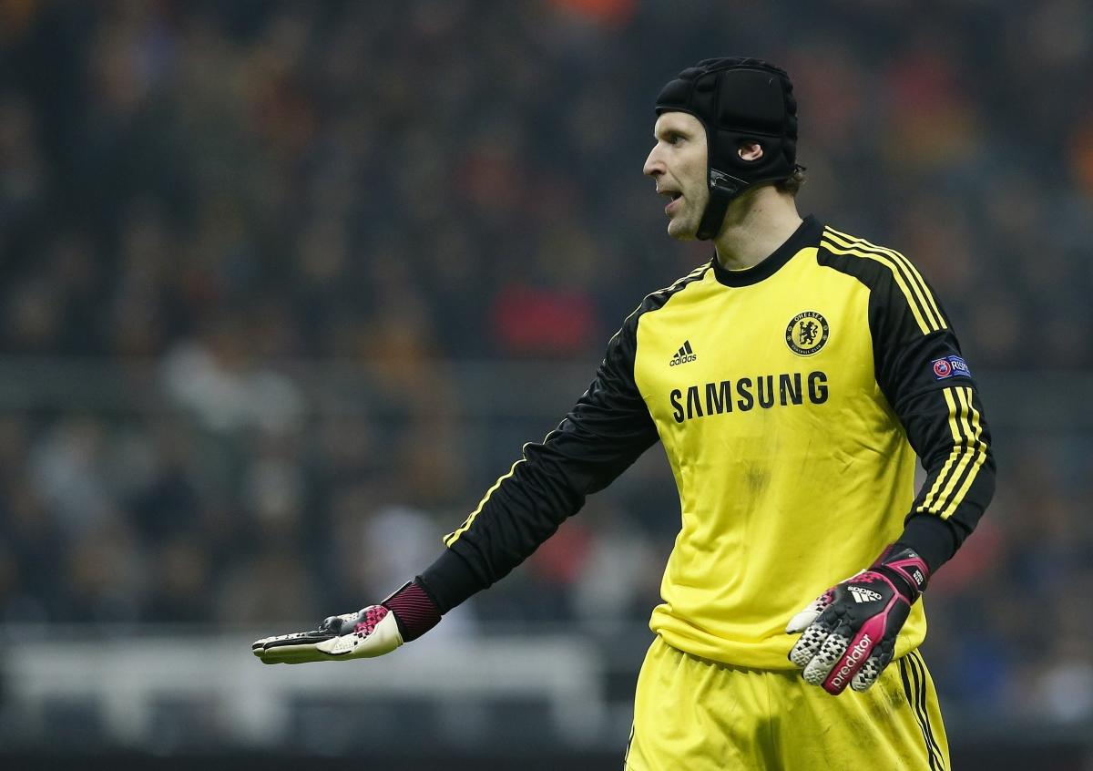 Arsenal Prepare Surprise Bid for Chelsea Keeper Petr Cech