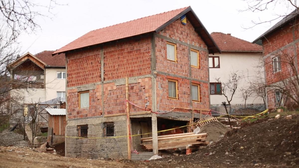 Adem Omeragic house in Pionirska Street