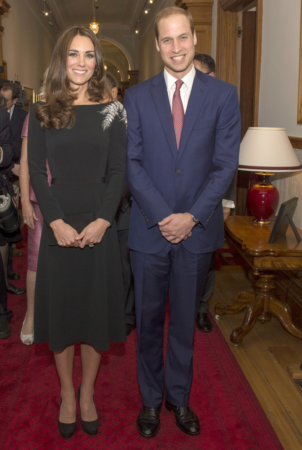 Kate Middleton Honours New Zealand In Silver Fern Gown