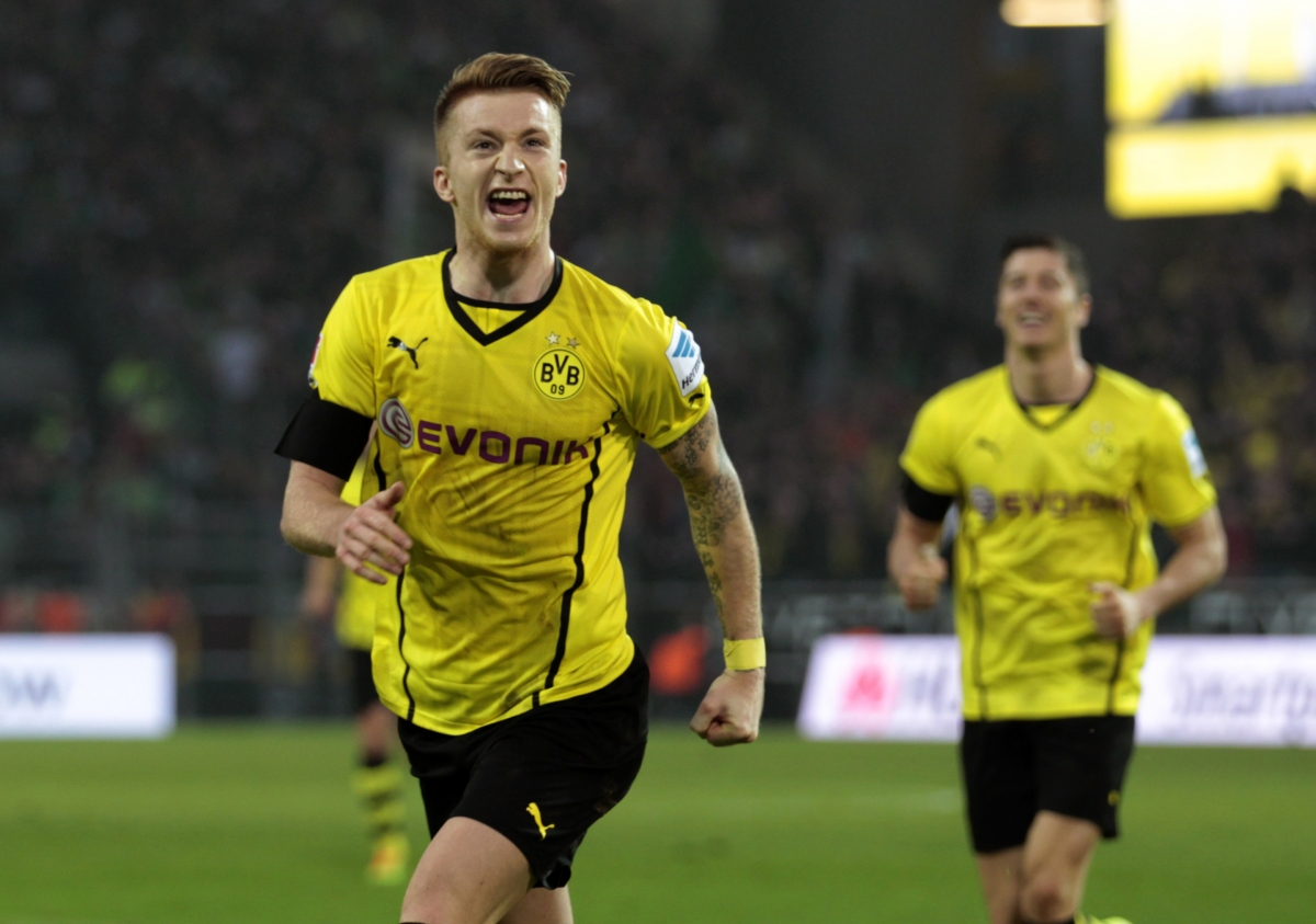 Borussia Dortmund Chief Not Worried by Manchester United Interest
