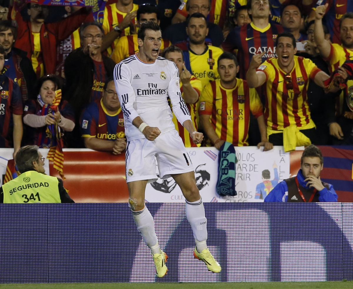 Real Madrid's Gareth Bale celebrates h