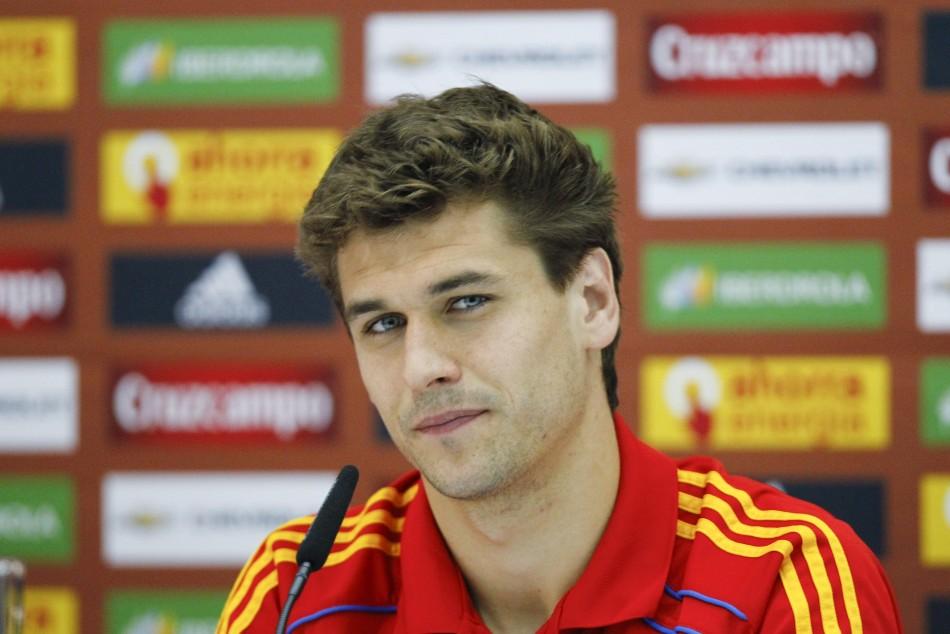 Tottenham Transfer Rumours: Afellay, Hutton, Llorente ...