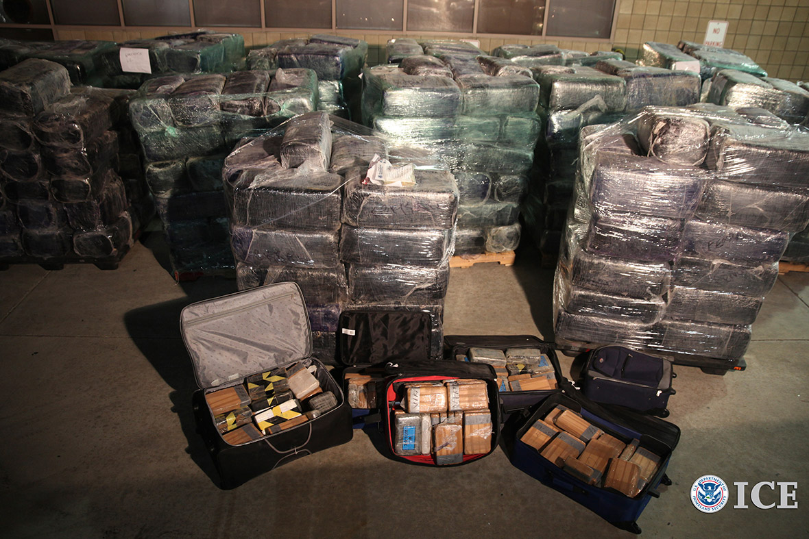 drugs trafficking in the us mexico border essay Your drug trafficking essay border the issue of drug trafficking and smuggling has been a serious concern for both mexico and the united states.