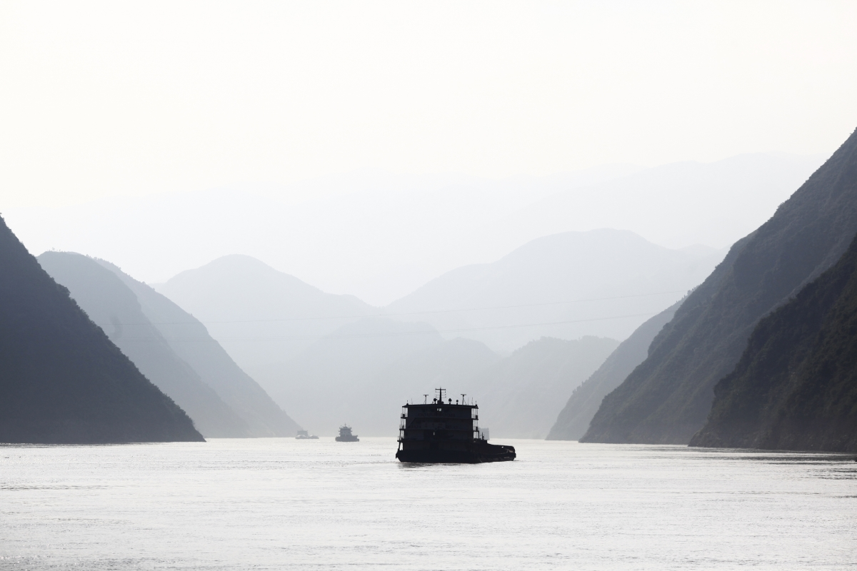 how yangtze river is being managed to meet demands