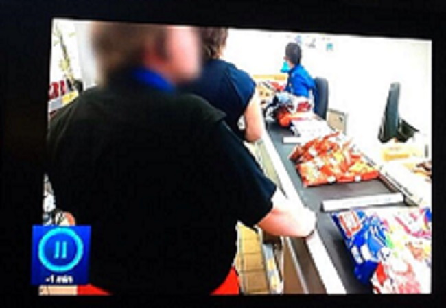 Domino's Pizza Worker Caught Buying 59p Wedges From Aldi ...