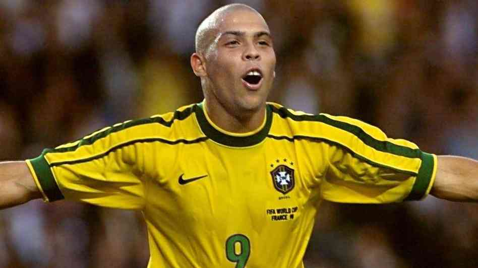 brazil player ronaldo