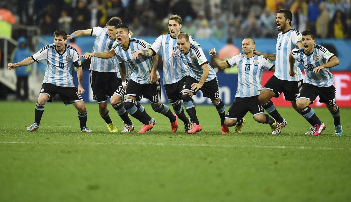 Argentina beat Netherlands to reach World Cup Semi-final