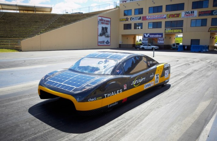 Sunswift Team Smashes 26-year-old Electric Car World Record