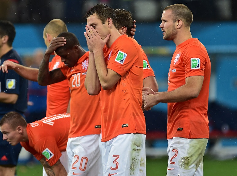 The Dutch FA faces questions over parti