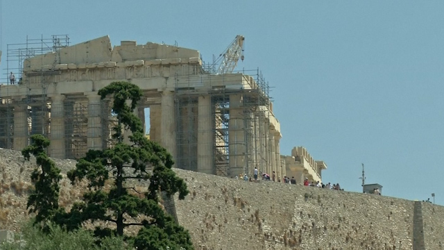 Greece Witnessing Tourism Comeback
