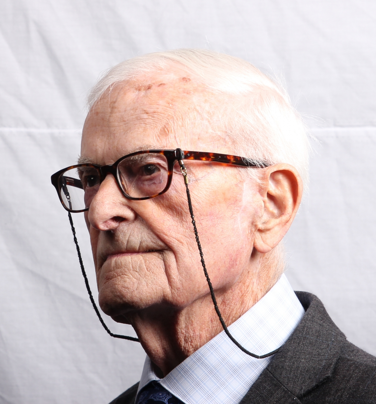 Harry Leslie Smith Interview: Meet the Man Who Lived Through WWII, <b>...</b> - harry-leslie-smith