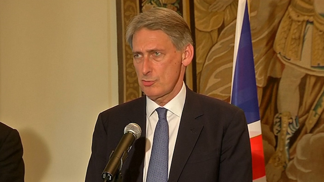 Hammond Urges Russia to Rethink Support for  Separatists