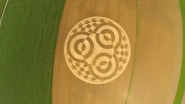 Mystery Bavarian Crop Circle Attracts Huge Crowds