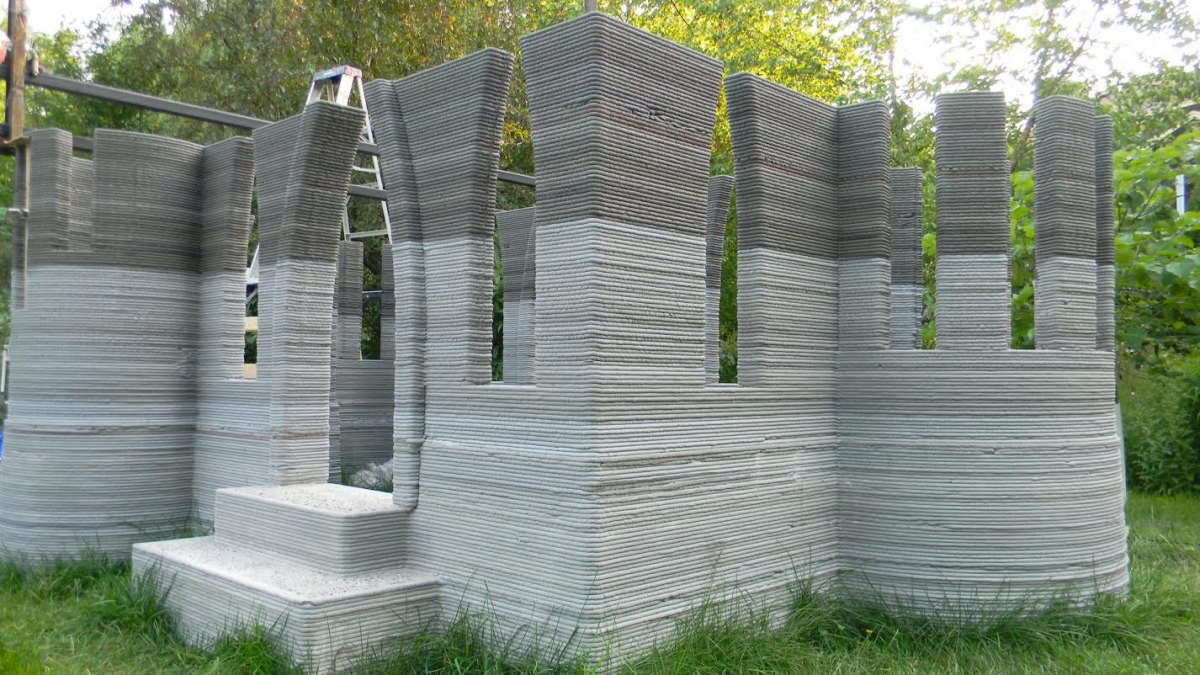 Man 3d prints castle in back garden using concrete printer for When was 3d printing invented