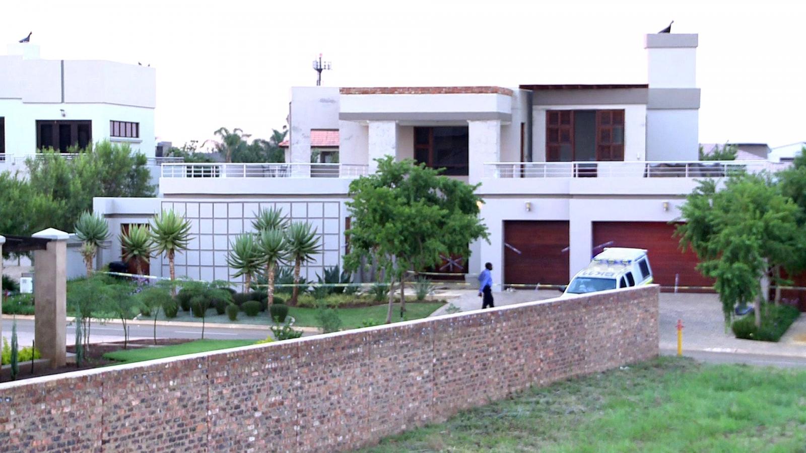 Cash Strapped Oscar Pistorius Sells Home Where He Shot