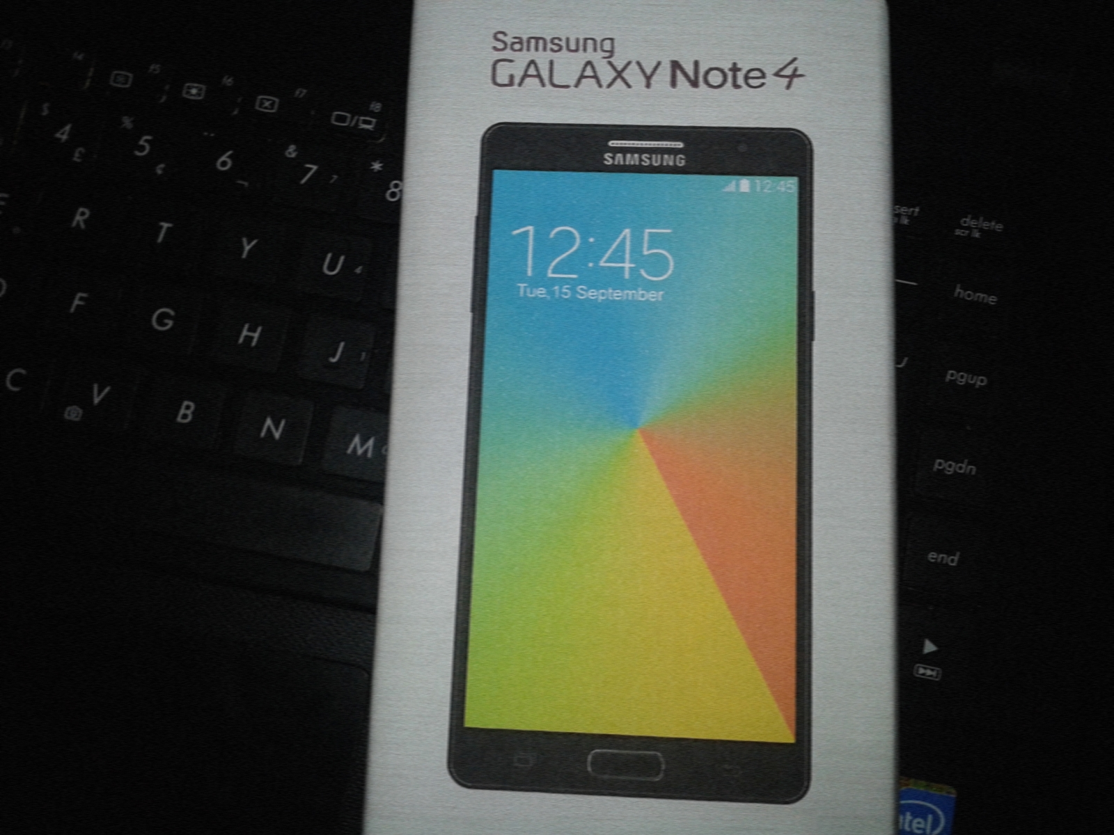 Leaked Image of Galaxy Note 4 Retail Box Goes Viral