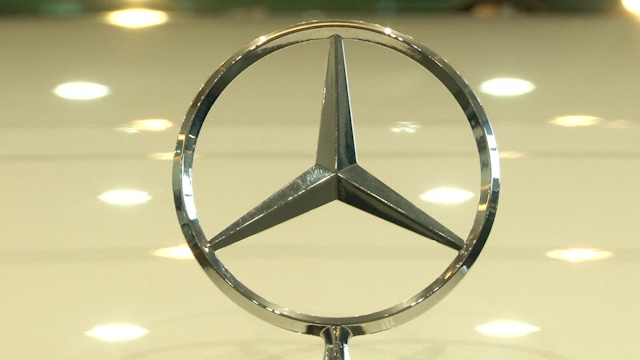 China finds Mercedes-Benz Guilty of Price Fixing
