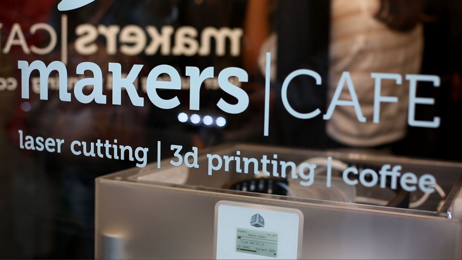 MakersCafe: UK's First 3D-Printing Café Opens in Shoreditch