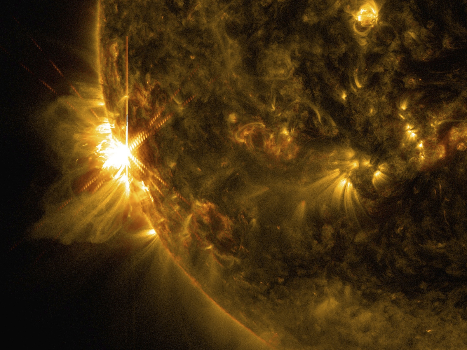 Nasa Video Shows Sun Unleash Flurry of Solar Flares
