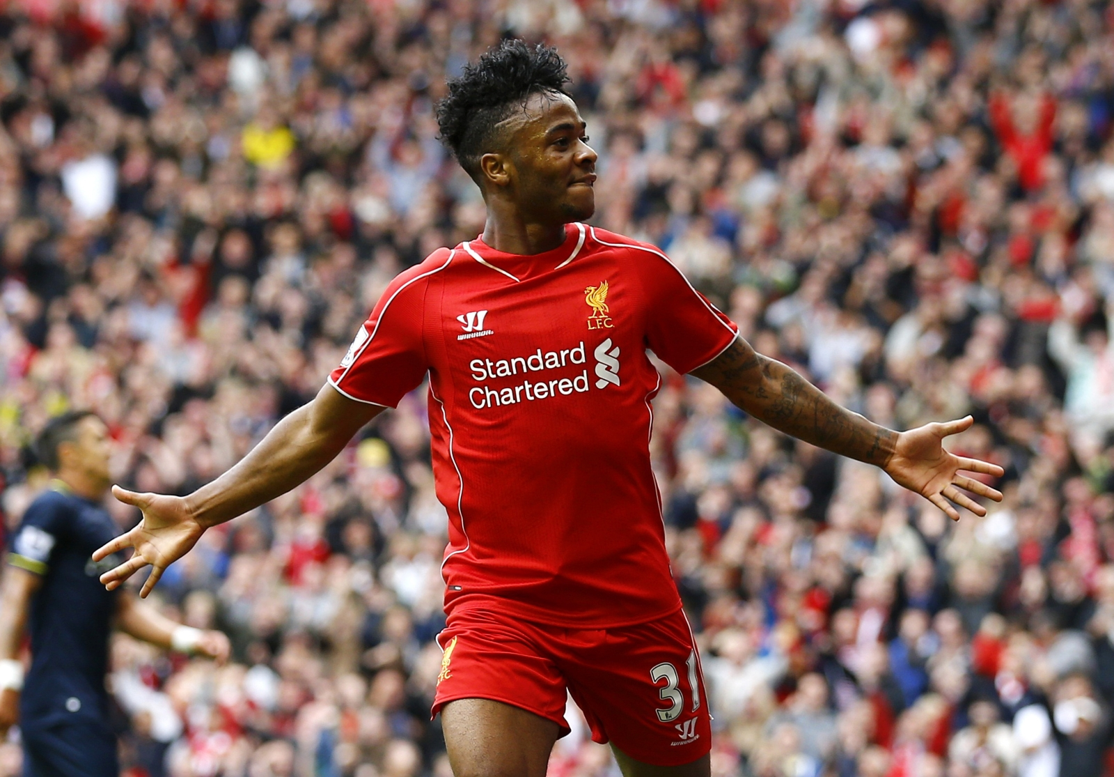 Steven gerrard urges liverpool to immediately sort out for The sterling