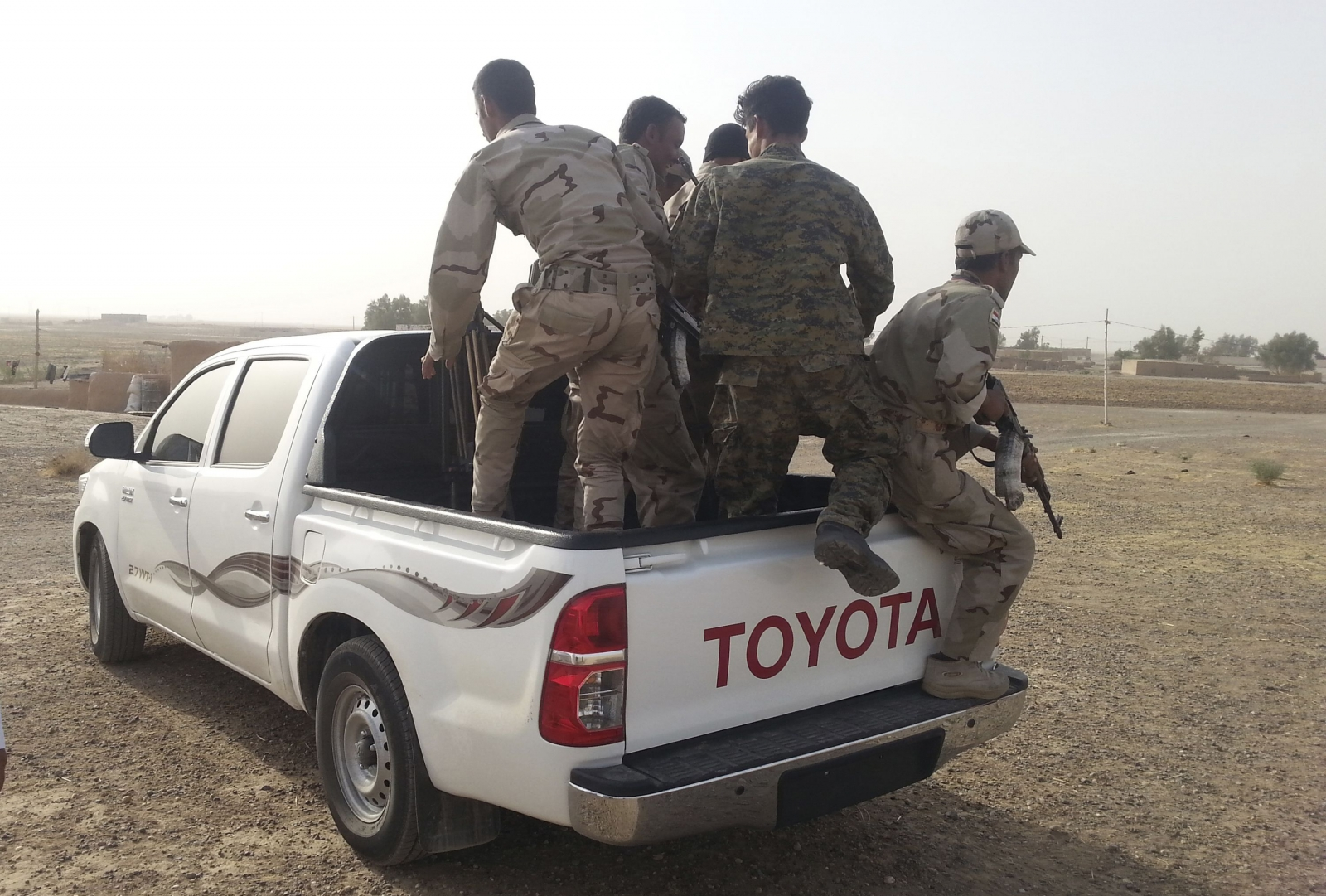 Iraqi Troops Retake 16 Villages from Militants