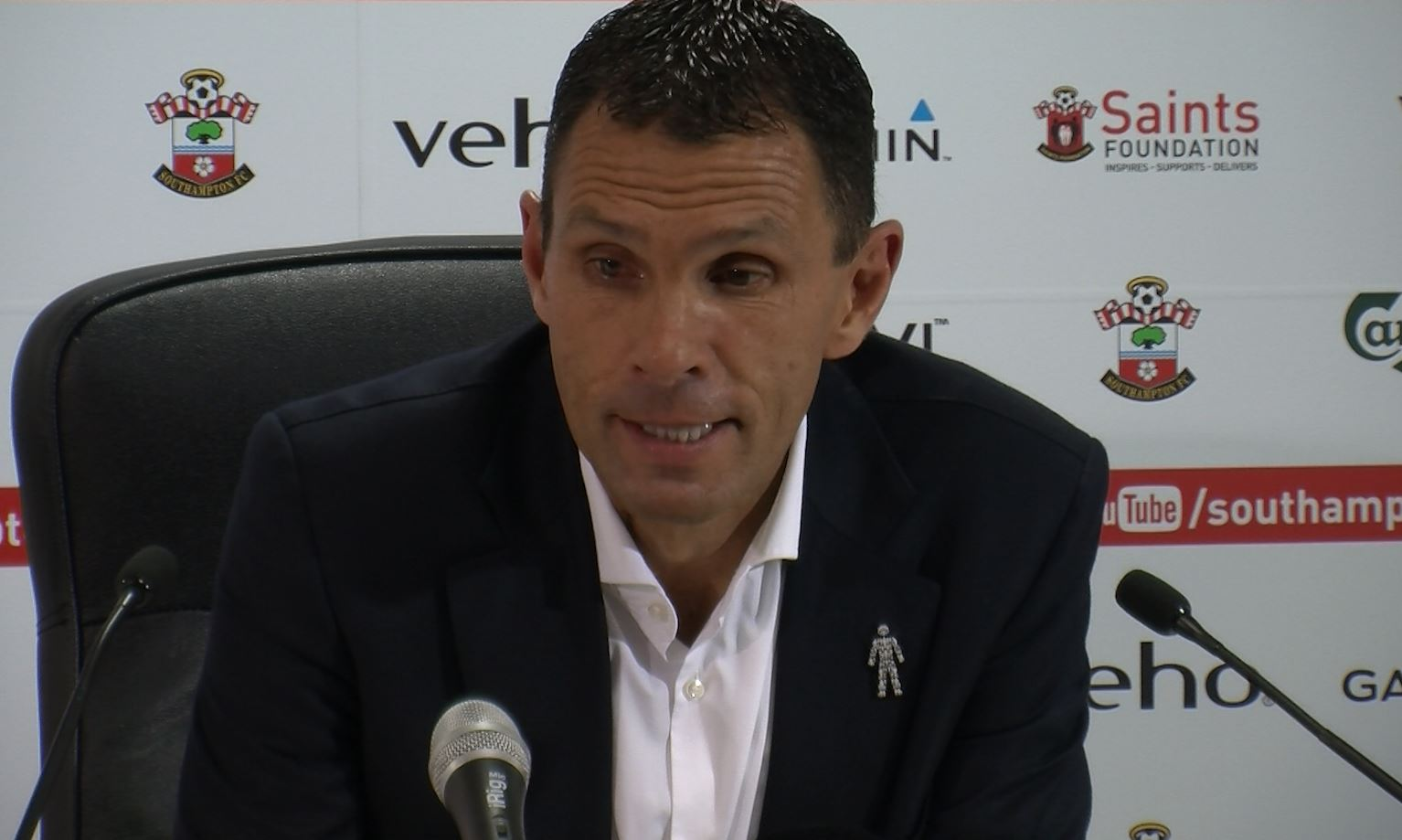 Gus Poyet: 8-0 Defeat My Most Embarrassing Moment in Football
