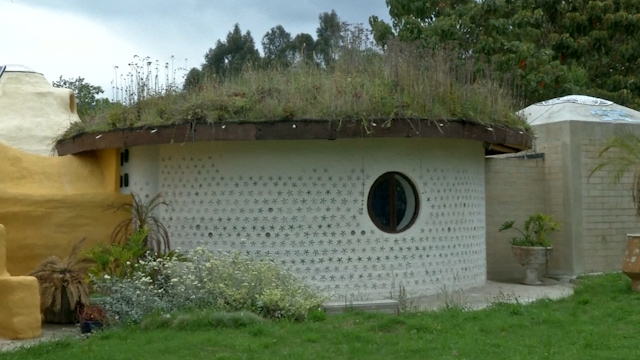 Designers turn Sand, Earth and Plastic Bottles into Sustainable Homes in Colombia