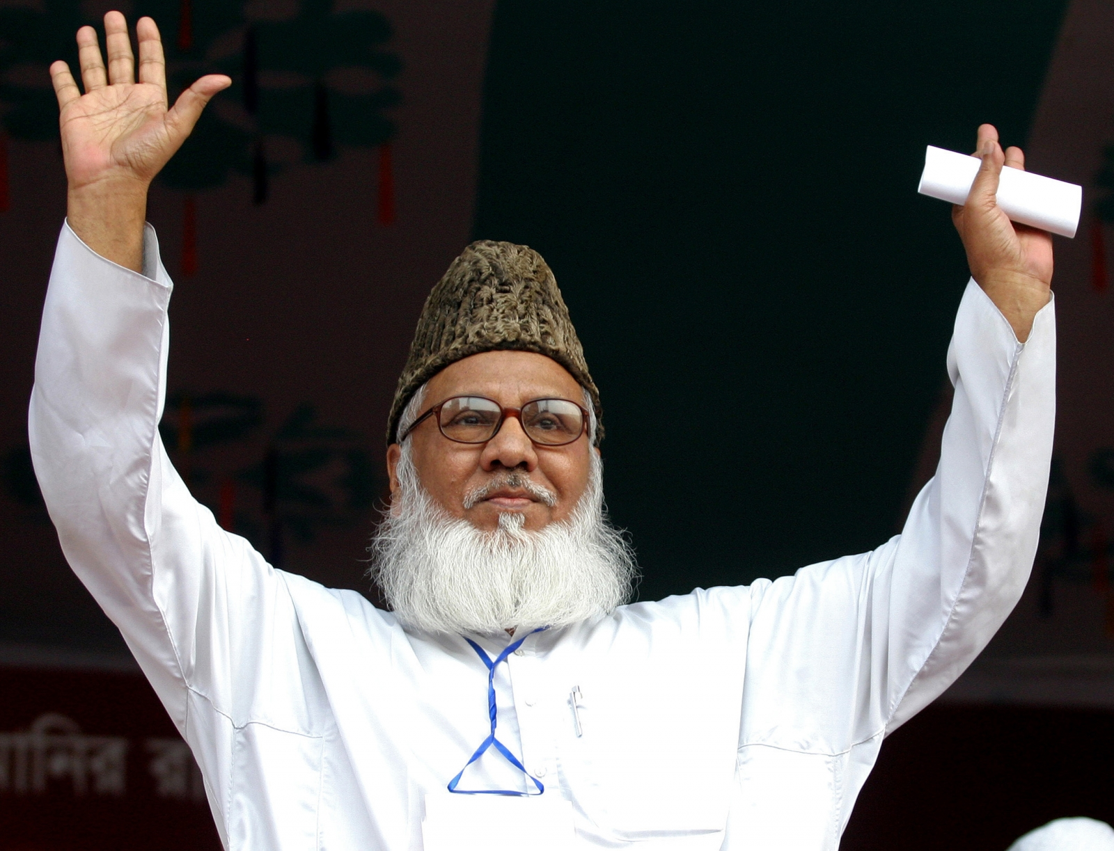 Bangladesh gives death penalty to Islamist leader for war crimes