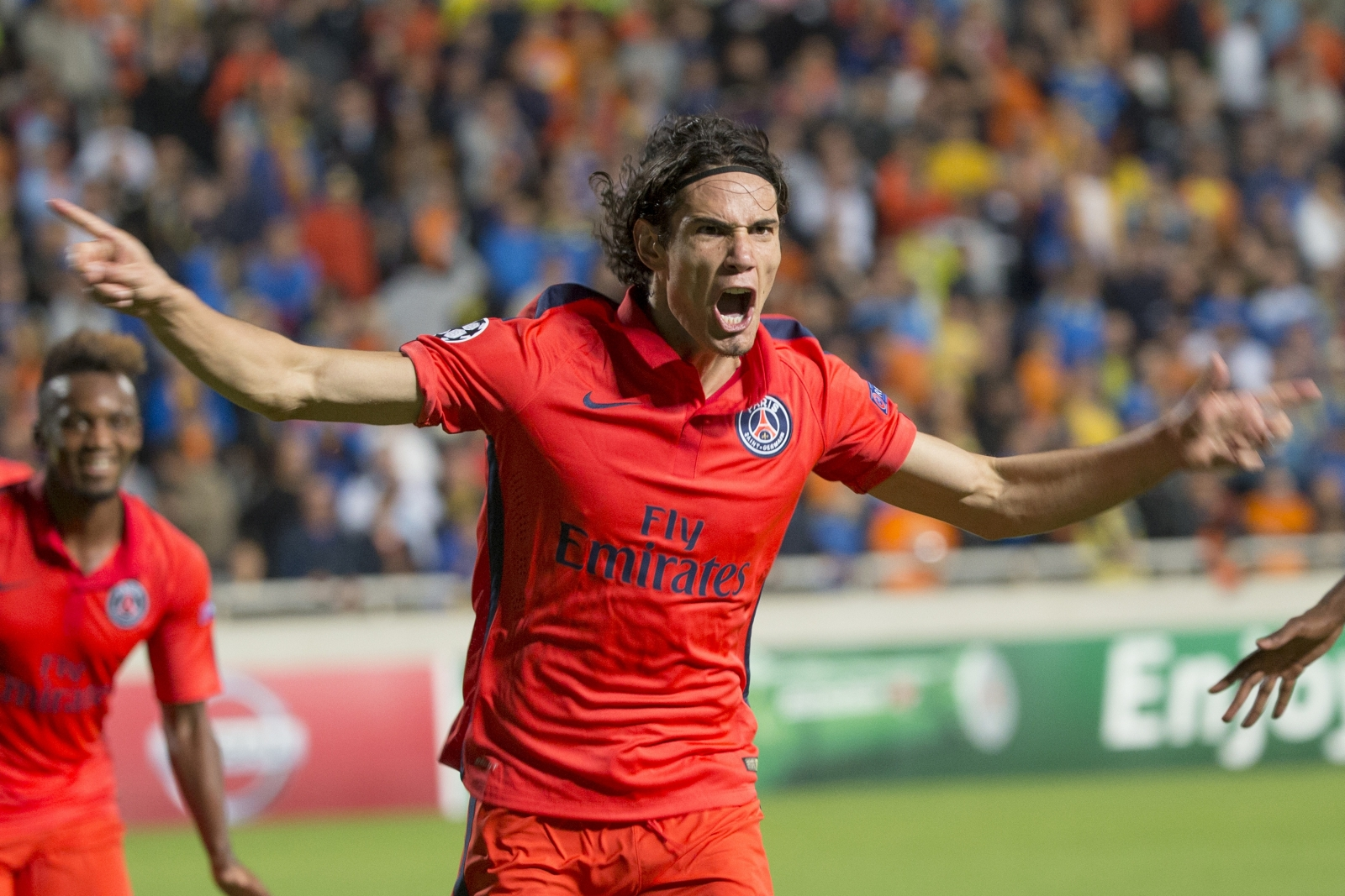 Manchester United to use Radamel Falcao in signing PSG star