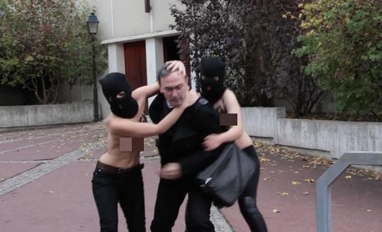Femen Kinap Priest Topless