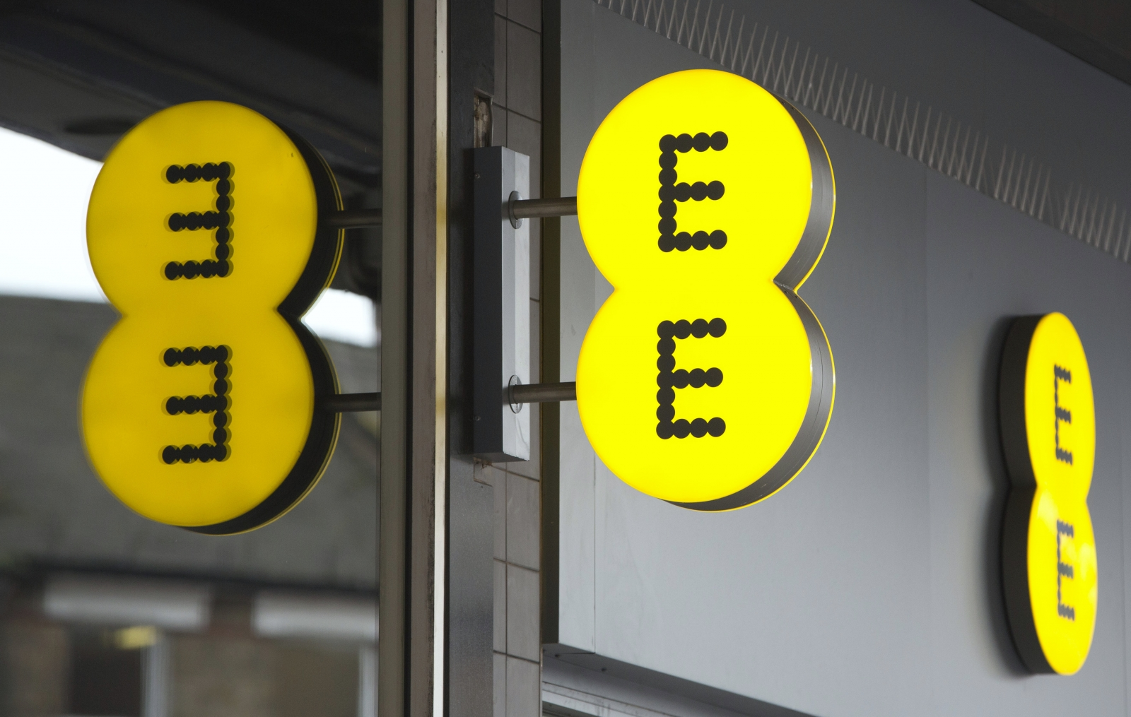 Britain's BT is allegedly in deal talks with another UK network operator EE