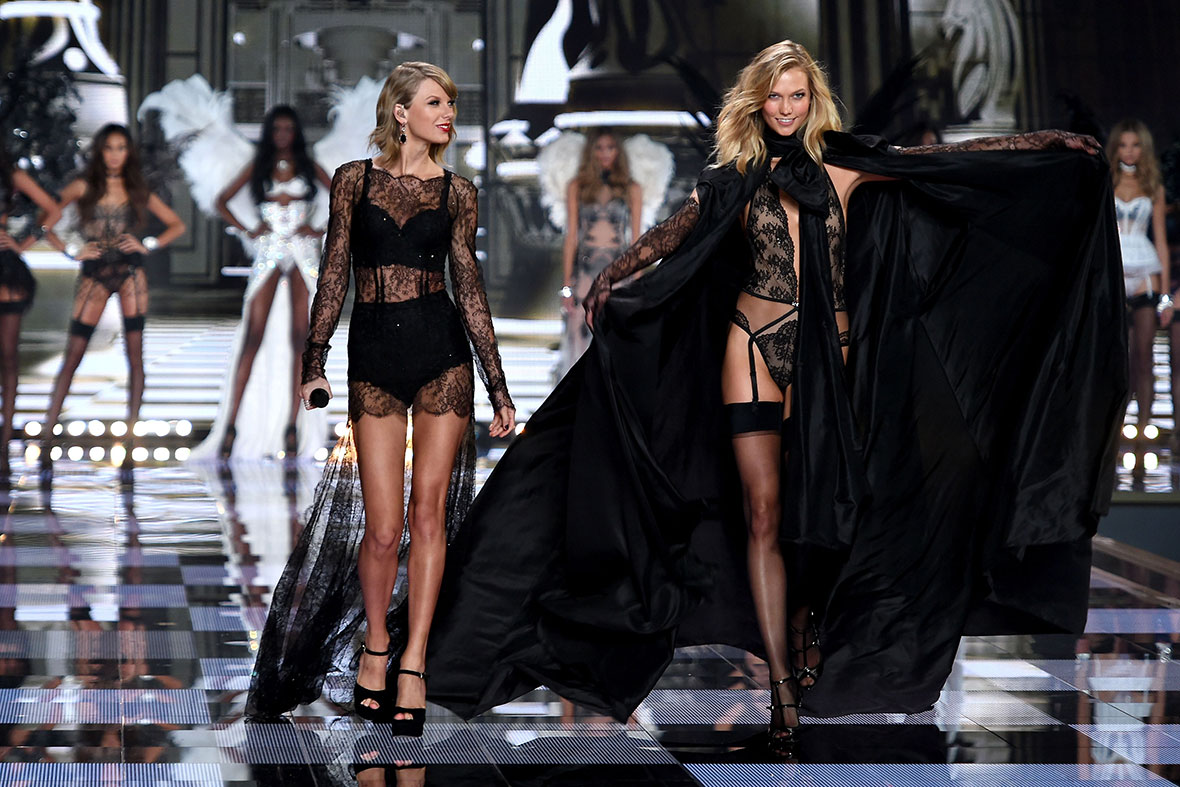 Victoria 39 S Secret 2014 Fashion Show In London Million Pound Bras And Angel Wings Photos