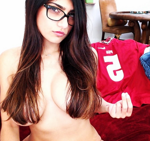 mia khalifa videos