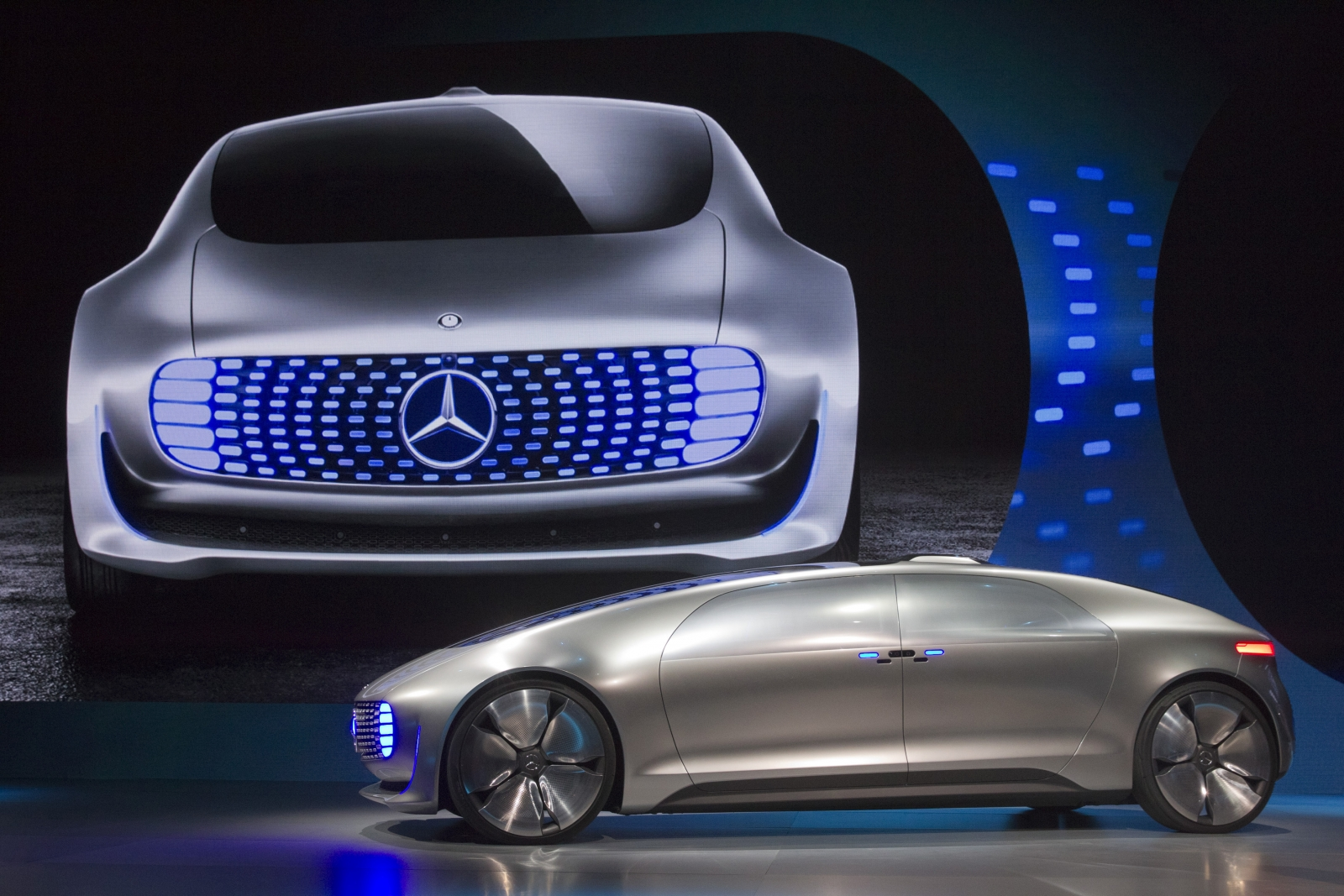 Self driving cars will change city design and postal for Mercedes benz make
