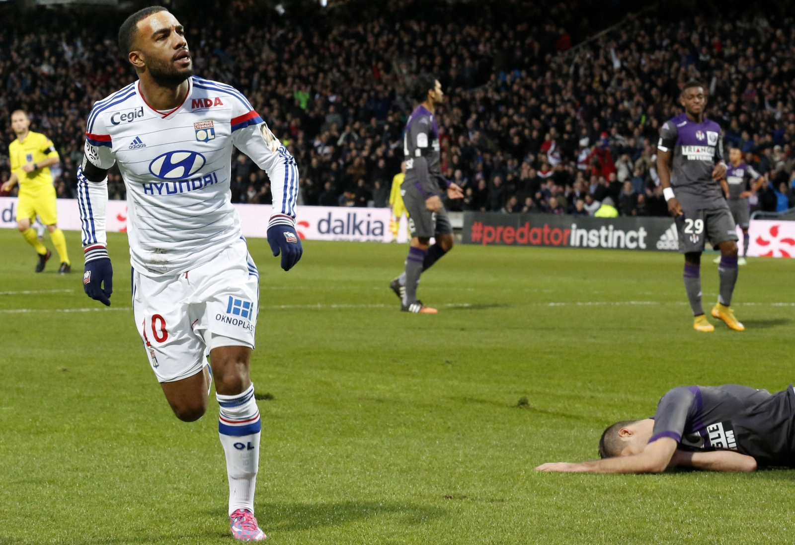 The heir to Thierry Henry? analysing the latest Arsenal target Alexandre Lacazette