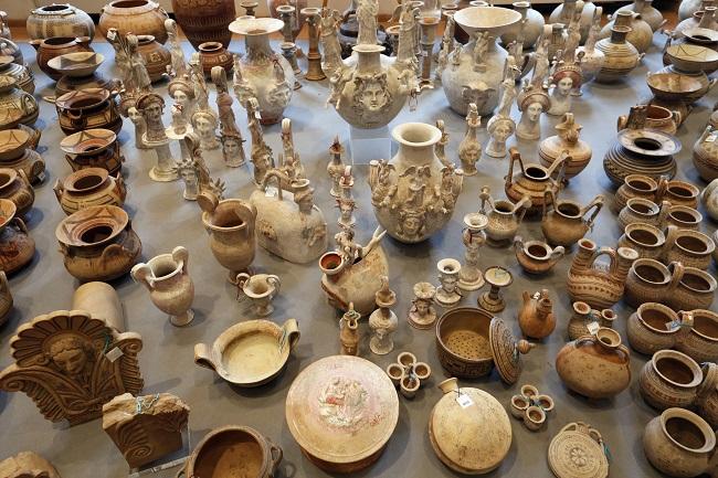 Swiss Italian Trafficking Bust 5 000 Artefacts Worth 163 34m