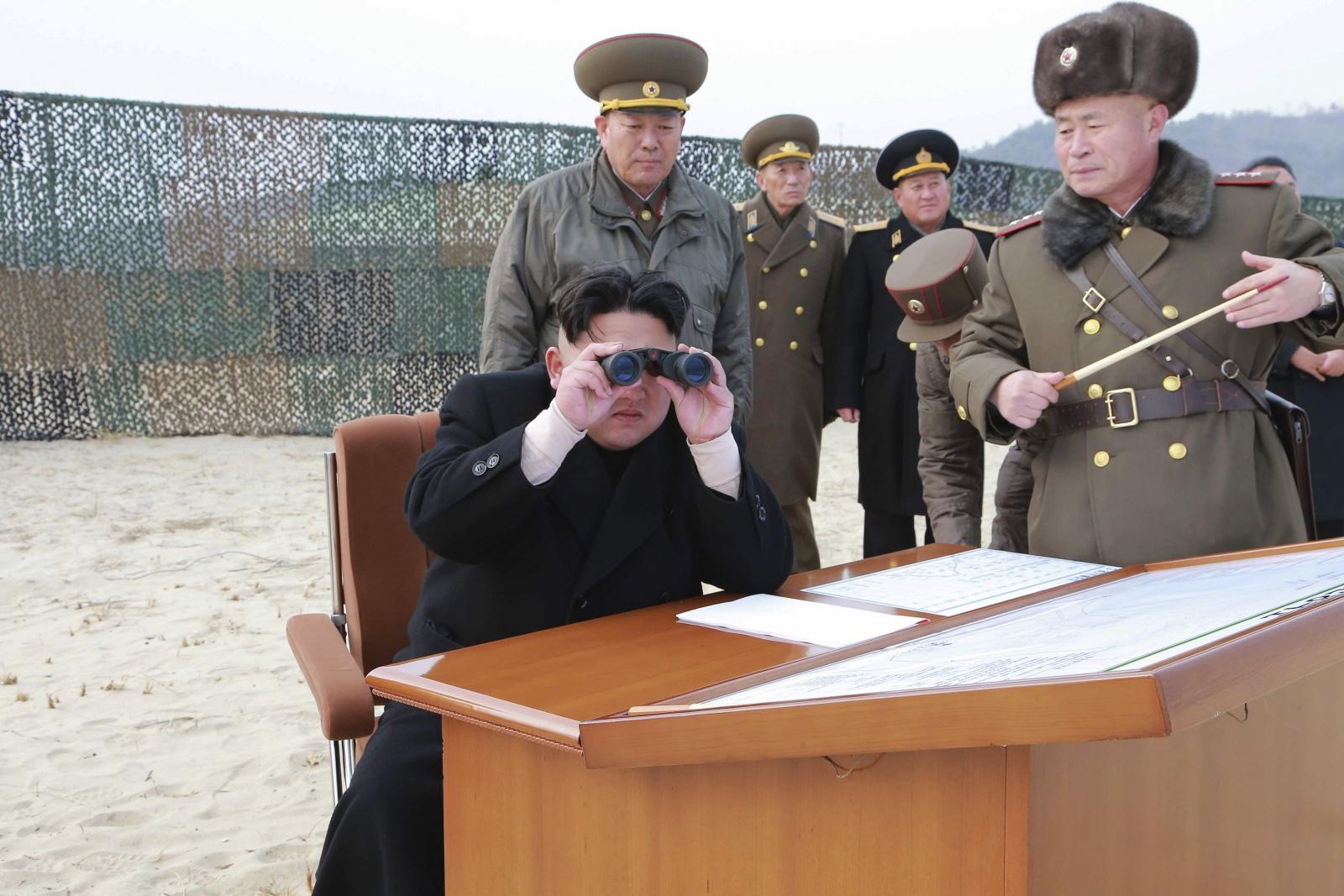 Nord-Koreas leder å besøke Russland mai