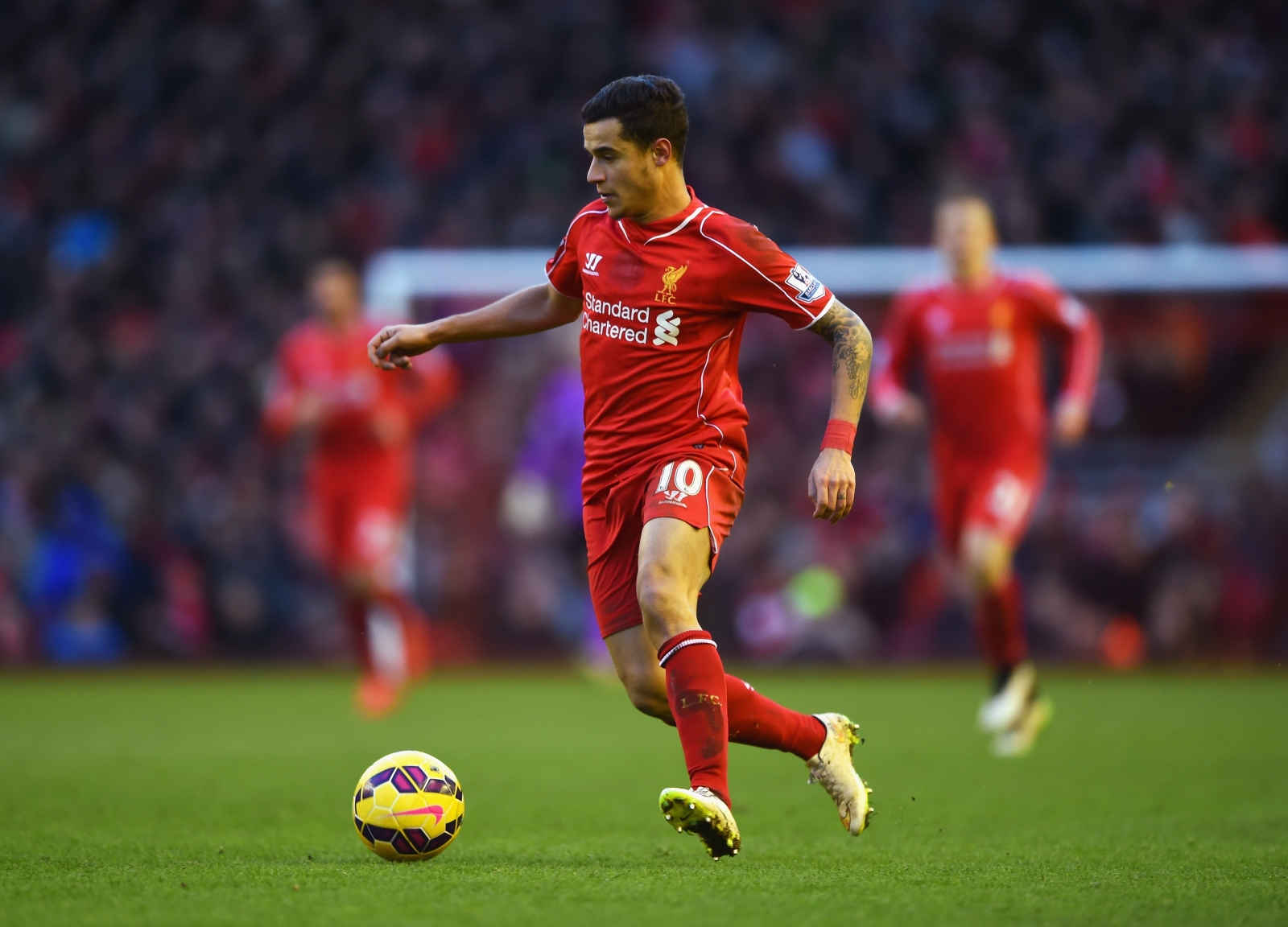 Philippe Coutinho signs new long term Liverpool contract