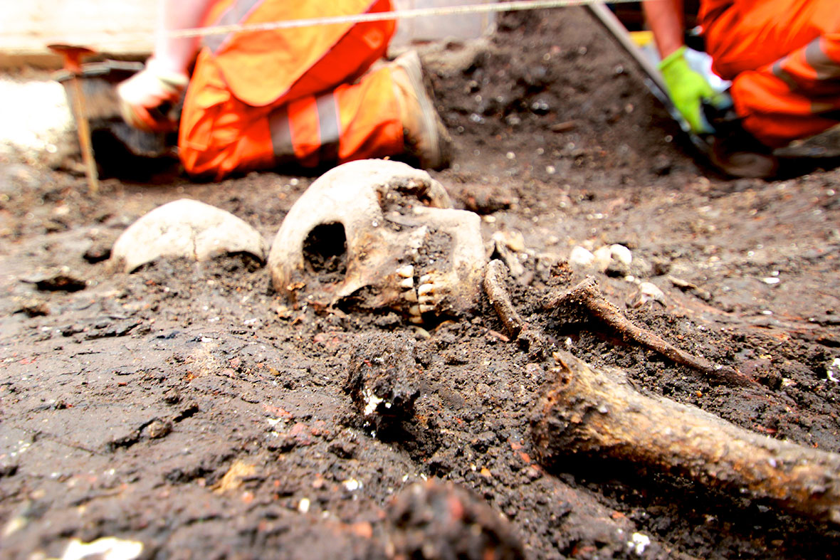 Crossrail project aims to identify 3 000 skeletons in former bedlam