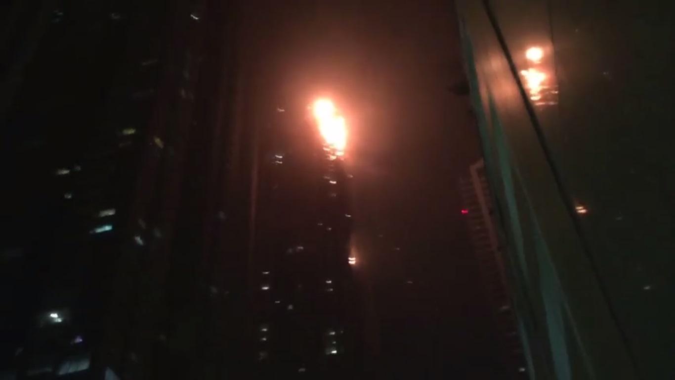 Fire Torch Wallpaper Fire Breaks Out in Dubai Torch